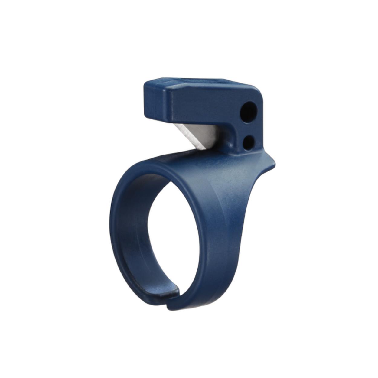 RING 307 - Pierścień z bezpiecznym nożem
